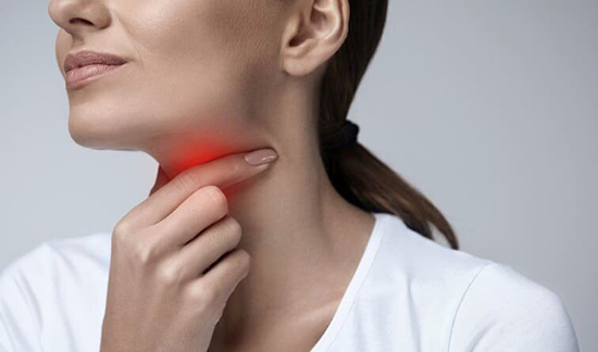 Причины боли в горле после курения IQOS